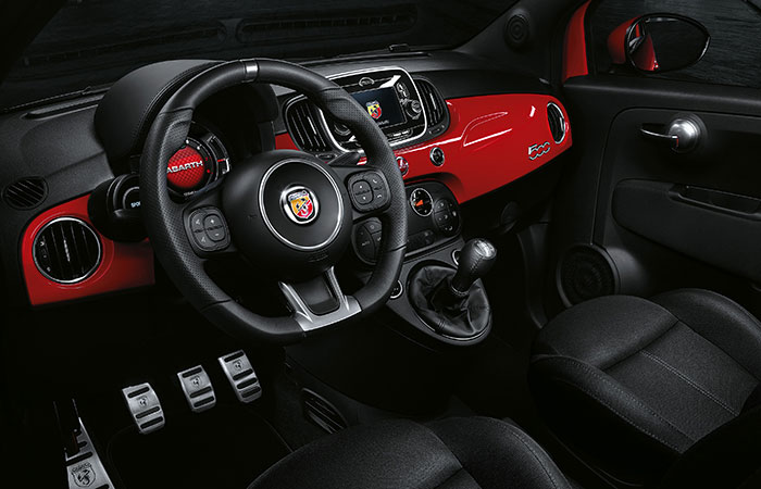 abarth 595 pista die ultimative renn gnocchi sunbf. Black Bedroom Furniture Sets. Home Design Ideas